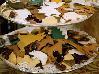 holiday party cookies_20101219214049_JPG
