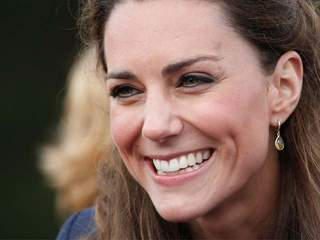 Kate Middleton_20110425143552_JPG