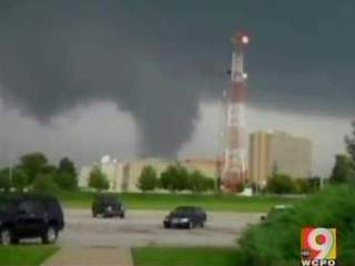 Tornado confirmed in Louisville_20110623061630_JPG