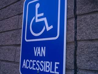 Handicapped parking_20110705115555_JPG