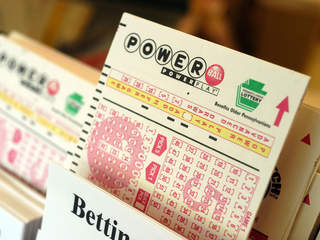 Powerball Jackpot Reaches $160 Million