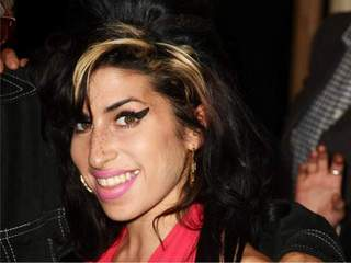 Amy Winehouse_20110725180937_JPG