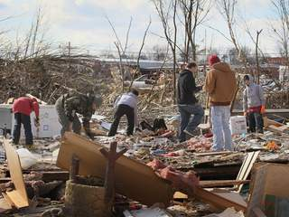 Tornado damage in Henryville, Indiana_20120305172251_JPG
