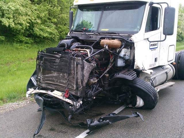 killed  2 injure...I 71 Accident Ohio
