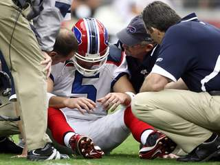 File photo of a player who suffered a concussion_20120516170135_JPG