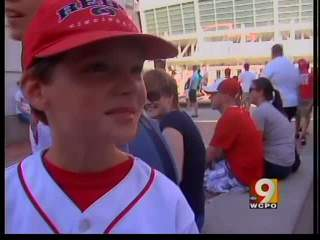 Reds fans, vendors enjoying team's wins