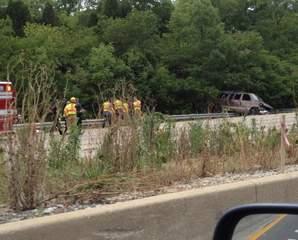 Pregnant woman dies after SB I-471 crash