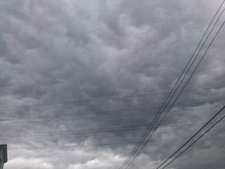 Storm clouds - July 24, 2012_20120724132125_JPG