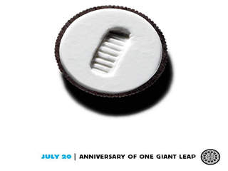 Neil_Armstrong_Oreo_cookie_20120806200146_JPG