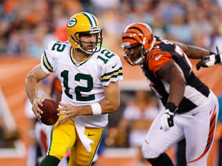 Aaron_Rodgers_Green_Bay_20120823222918_JPG