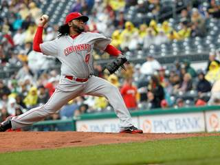JohnnyCueto_20120930165315_JPG