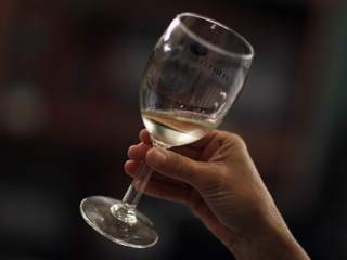 Wine shops fear impact of California earthquake