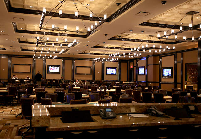 Horseshoe casino cincinnati poker games casino employment foxwoods