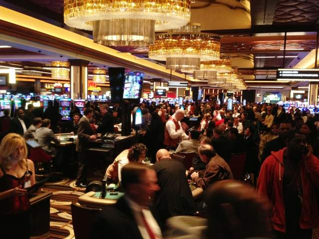What casino games have the best chance of winning