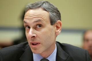 Douglas_Shulman_at_Oversight_Committee_20130522170304_JPG