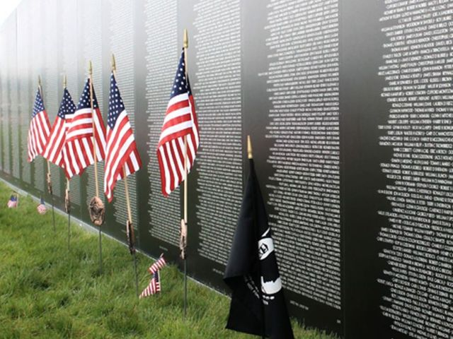 Vietnam Memorial Wall Related Keywords Suggestions