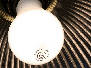 Uh-oh: LED light bulbs may last too long