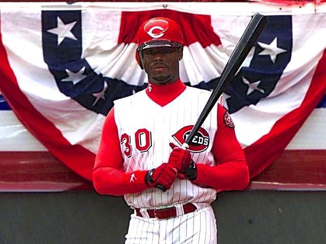 WCPO_Ken_Griffey_Jr._first_game_as_Red_2