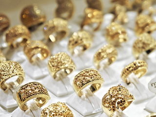 Yellow gold back in style, after you sold yours