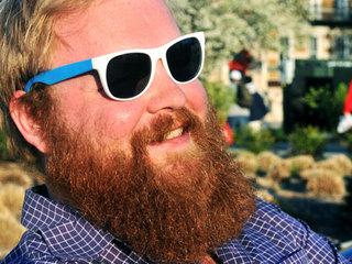 Like cheap sunglasses? Beware the Ray-Ban scam
