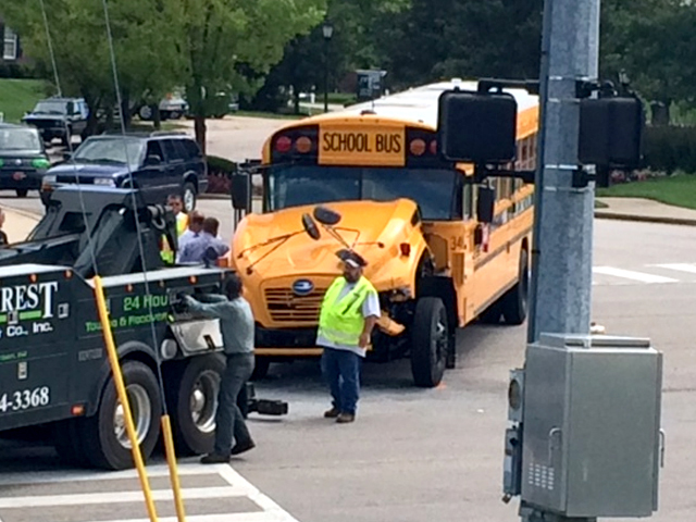 Injuries reported in N.Ky. school bus crash