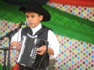 Weekend fiesta kicks off Hispanic Heritage Month
