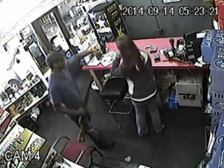 Middletown liquor store robbery caught on camera