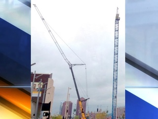 So, just how big is that crane at The Banks?