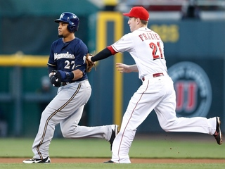 Cueto wins 19th, Reds beat Brewers 3-1