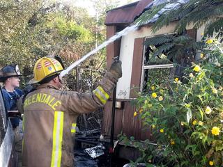 Trailer fire kills 2 in Greendale