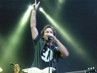Which Cincy fan really met Eddie Vedder in 1992?