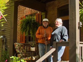 Home Tour: Rustic Ind. home blends art, history