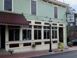 New eatery/market springs up in Mt. Adams