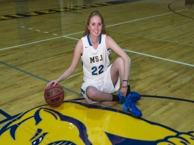 Lauren Hill to get 'one last game' in packed gym