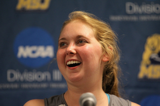 Lauren Hill plays 1st college basketball game