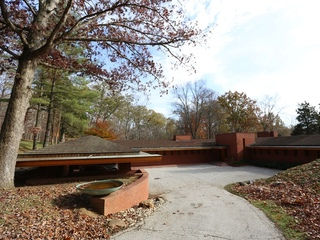 Inside a Frank Lloyd Wright home in Indian Hill