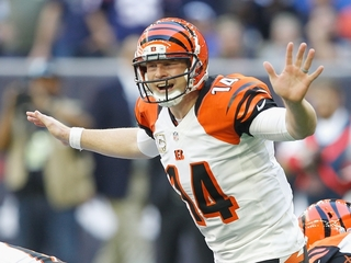 Dalton helps Bengals to 22-13 win over Texans