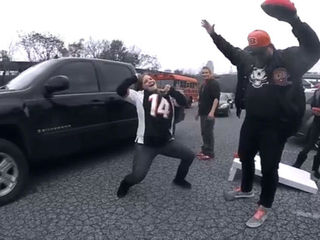 WATCH: Show us your touchdown dance