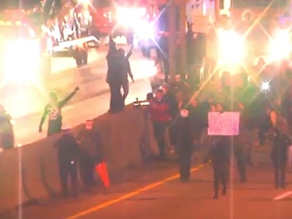VIDEO: 12 arrested after massive protest on I-75