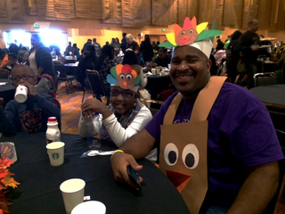 Volunteers feed thousands during Fall Feast