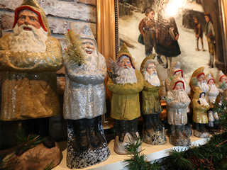 Home Tour: Ornaments of Christmas past fill home