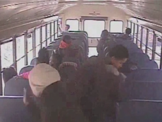 VIDEO: Mom accused of slapping 5-year-old on bus