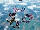 Middletown skydivers make emergency landing