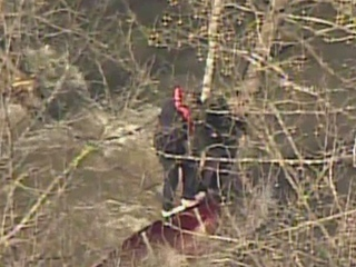 2 men rescued from Little Miami River