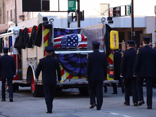 PHOTOS: Gordon honored during funeral procession