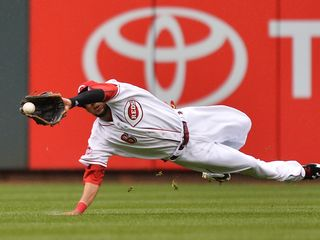 Reds pay Griffey more than Billy Hamilton