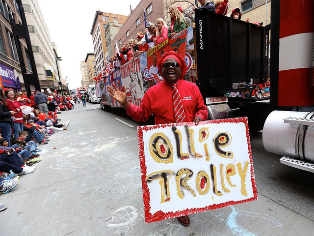 Red Opening Day Parade 2015 Market Opening Day Parade