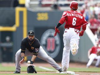 Should Billy Hamilton stop switch hitting?