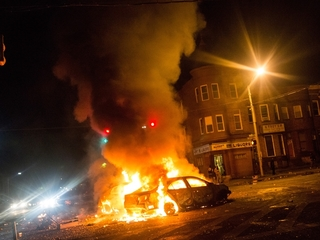 Baltimore riots erupt after Freddie Gray funeral