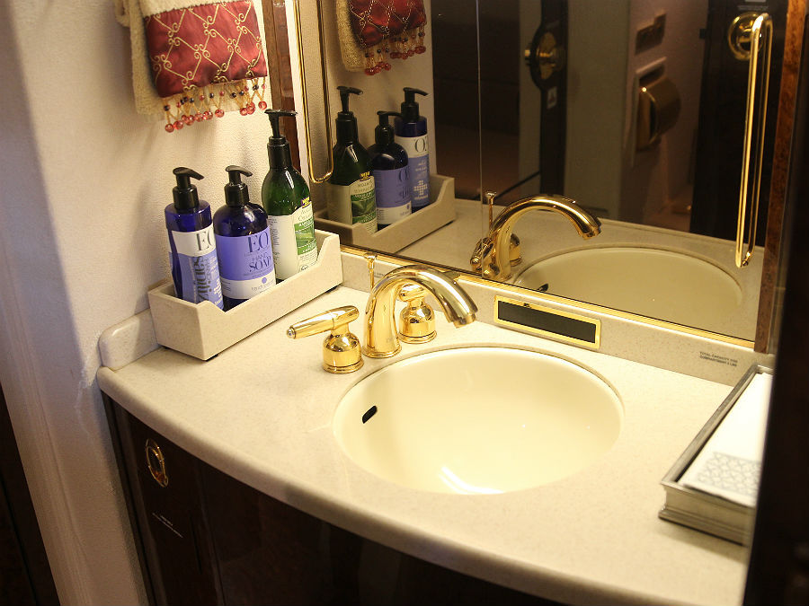 29 luxury private jet bathroom story for Private jet bathroom